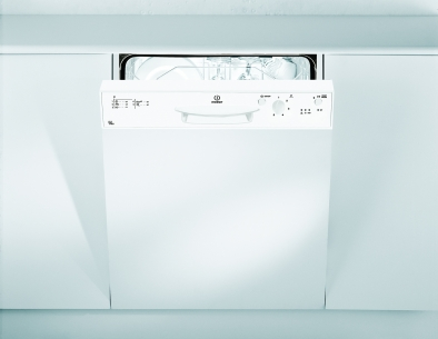 Indesit DPG15WH Semi-Integrated Dishwasher
