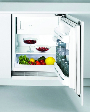 Indesit INTSZ1611 Integrated Refrigerator