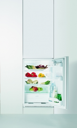 Indesit INTS1612 Integrated Refrigerator